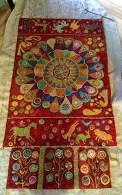 b smith quilts sharon smiths medallion runner with standing wool circles some beading hooking b smith