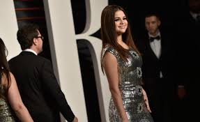 selena gomez attends the 2016 vanity fair oscar party hosted by graydon carter at the wallis annenberg center for the performing arts on february 28
