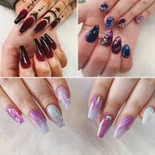 nails by laura