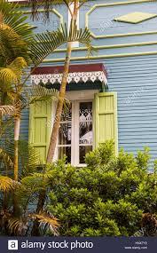 Traditionellen Holzhaus Graue Fassade Mit Fensterläden Insel La