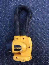 dewalt flashlight 18v. dewalt pre-owned 18v cordless flexible floodlight flashlight jobsite snake light dewalt n