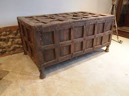 chest coffer coffee table blanket box
