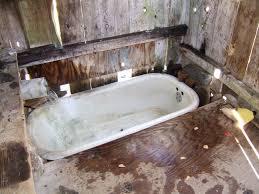 Big Bathtubs For Small Spaces • Bath Tub