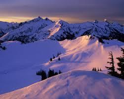 Imagini pentru munte cu zapada