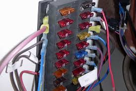 is my fuse panel marine grade boats com pull the fuses one by one and scrape the prongs a knife blade marine