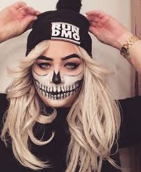 makeup ideas for with skull teeth