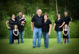 Family Photo Extended Family Portrait Family Photo Ideas Pinterest