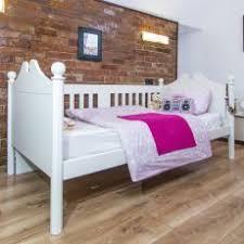 childrens day bed. Vanilla Day Bed - White Childrens