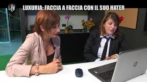 Video Le Iene SARNATARO Luxuria faccia a faccia con il suo.