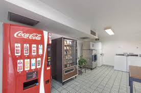 Shasta Vending Machine Delectable Motel 48 Weed Mount Shasta Hotel In CA