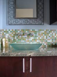 glass tile bathroom backsplash