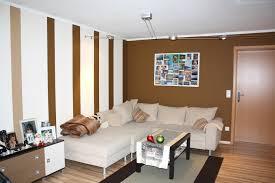 Wohnzimmer Wohnzimmerwand Streichen Top Auf Wohnzimmer Wohnzimmer Streichen Muster Ideen