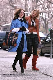 Gossip Girl Reboot Is In Discussion At The Cw Blake Lively And