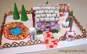 creative gingerbread house decorating ideas. Cute Gingerbread House Decorating Ideas And Inspiration LivingLocurtocom Creative Living Locurto