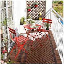 small outdoor cafe table and chairs
