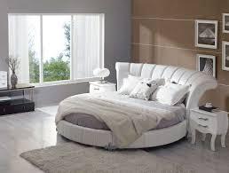 Bedroom : Amazing White Modern Bedroom Design Ideas With Round ...