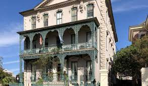 historical houses tour self guided
