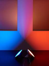 lampa philips hue bloom światło które dekoruje i aranżuje