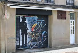 garage door artGarage Door Artwork  New Orleans thatu0027s A Painted Garage Door
