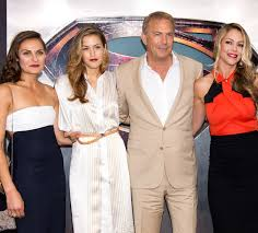 They divorced on 12th december 1994. Kevin Costner And His Family Attend Star Studded Man Of Steel Premiere Hello