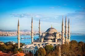 الهجرة إلى تركيا: دليلك الكامل للدراسة والعمل والحصول على التأشيرة والجنسية