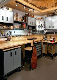 garage workbench is a good way to save your tools bitadvice