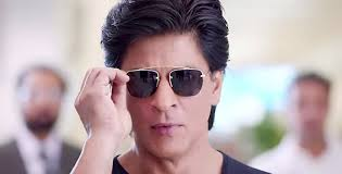 strong dilwale strong looks really nice shah rukh