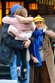 Sienna miller steps out with her boyfriend lucas zwirner to catch an afternoon show on sunday (march 10) in new. Sienna Miller Steps Out With Her Daughter And New Boyfriend Lucas Zwirner In New York City 170119 6