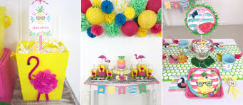 throw a summer pineapple party