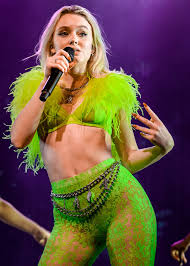 <b>Zara Larsson</b> - Wikipedia