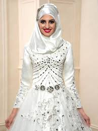 luxurious beading long sleeves zipper up muslim wedding dress