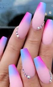 Uñas ovaladas cuadradas uña efecto espejo uñas rojas y negras uñas multicolor uñas degradadas uñas moradas uñas rosas diseños de uñas acrilicas mejores diseños de uñas. Unas De Unicornio 10 Magicas Opciones