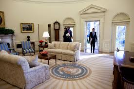 the oval office white house. White House Floor Plan Oval Office Inspirational Barack Obama Moving Couch In The Fice Surripui