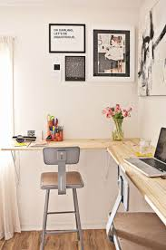 small space office desk. standing desk design in the home office is simple and affordable small space