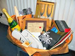 mive list of honeymoon gift basket ideas contents conners and everything