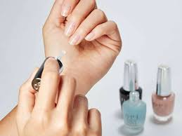guarantee yourself a chip free mani with these top coat nail polishes