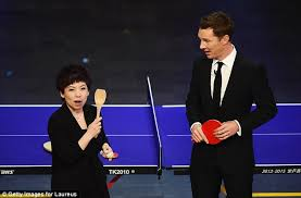 The Wooden Spoon Game Deng Yaping uses a wooden SPOON to beat Benedict Cumberbatch at 92