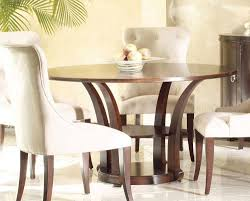 selecting round dining room table