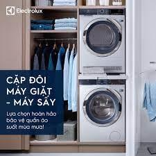 Electrolux - CẶP ĐÔI MÁY GIẶT MÁY SẤY ELECTROLUX Lựa chọn hoàn hảo cho mùa  mưa bão này! Trang phục của gia đình sẽ được chăm sóc tối ưu, bất kể ngày