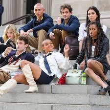 Gossip Girl Reboot's First Trailer Is Steamier Than We Expected - E! Online  Deutschland