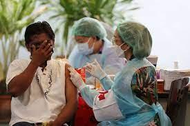 """สภากาชาดไทย บริการฉีดวัคซีน """"ซิโนฟาร์ม"""" ให้ประชากรข้ามชาติ - สภากาชาดไทย"""