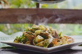 Thai Crab Curry Recipe (Bu Pad Pong ...