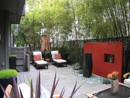 Create Privacy in your Outdoor Space With Walls and Fences >> http://