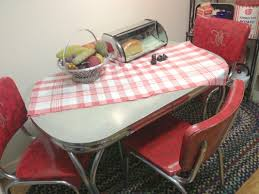 Retro Metal Kitchen Table Retro Dining Room Decoration Using Studded Light Blue Retro Dining