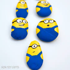 Rock decorating ideas Diy Minion Rock Ideas The Best Ideas For Kids 15 Fun Pet Rock Ideas The Best Ideas For Kids