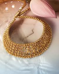 this amazing gold south indian jewellery piece can make you the apple of everyone s eye what is more the necklace is beautifully crafted with the design