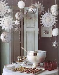 DIY, beautiful for winter decor! This is exactly what I imagined the Yule  Ball