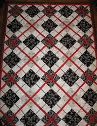 Best 25+ Black quilt ideas on Pinterest | Black and white quilts ... & Black, White, and Red Adamdwight.com