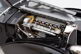The bugatti type 57 and later variants (including the famous atlantic) was an entirely new design by jean bugatti, son of founder ettore. Modellauto Bugatti Type 57 Sc Atlantic Von Cmc 1 18 7 Modellauto Modellautos Bugatti Type 57