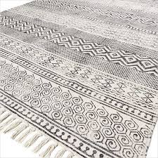 black white block print flat weave woven area accent dhurrie cotton rug 4 x 6 ft